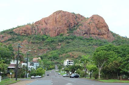 townsville_castle_hill